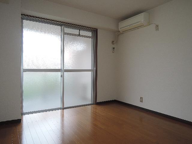 物件番号: 1115169935  姫路市山吹2丁目 1K マンション 画像1