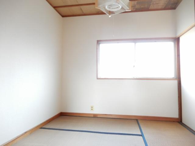 物件番号: 1115178230  姫路市御立西1丁目 2K ハイツ 画像1